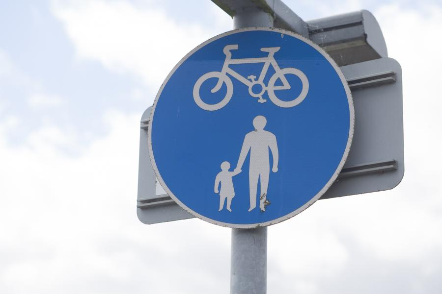 Shared walking and cycling sign