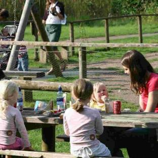 barnwell country park northamptonshire nature tots family
